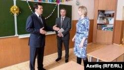Илсур Метшин (с) Казанның 3-нче гимназиясендә