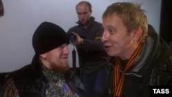 Иван Охлобыстин (справа) и полевой командир Арсений Павлов (Моторола) (архивное фото)