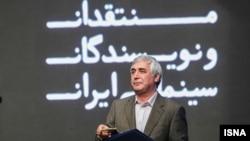ابراهیم حاتمیکیا از جمله معترضان به نشریه یالثارات است.