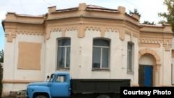 Одно из зданий на территории бывшего города Алаш в современном городе Семей. Фото предоставлено Ерланом Сайлаубаем, сотрудником научного центра Семипалатинского университета имени Шакарима.