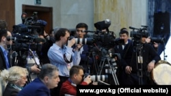 Кыргызстандык журналисттер.