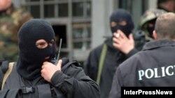 В результате спецоперации на западе страны в городе Зестафони задержаны три криминальных авторитета