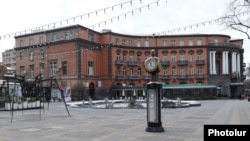 Armenia -- An empty square in the center of Yerevan, March 22, 2020.