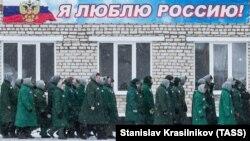 Заключенные женской исправительной колонии в Мордовии