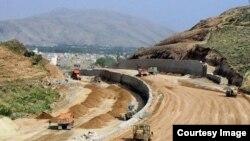ساخت و اجرای پروژه بزرگراه تهران - شمال از جمله پروژههای نیمهتمامی است که اجرای آن دههها، طول کشیده است.