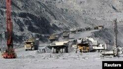 Месторождение золота «Кумтор» в Кыргызстане.