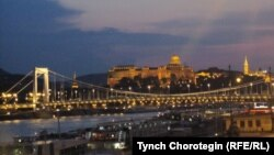 Budapeşt