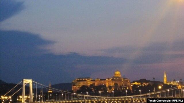 Budimpešta by Tynch Chorotegin