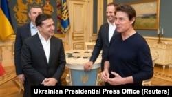 Ուկրաինայի նախագահ Վլադիմիր Զելենսկին ընդունում է Հոլիվուդի գերաստղ Թոմ Քրուզին, Կիև, 30-ը սեպտեմբերի, 2019թ․