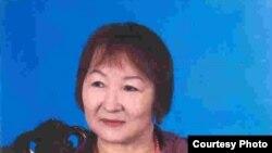 Қазақстанның еңбек сіңірген мәдениет қызметкері Сауық Жақанова. Алматы, 2009 жыл.