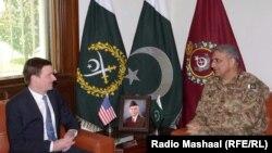 سفیر آمریکا روز چهارشنبه با ژنرال بلندپایه ارتش پاکستان دیدار کرد.