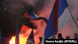 Neredi u Beogradu na protestu zbog hapšenja Mladića