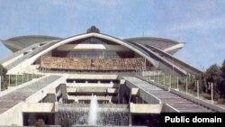 Армения -- Спортивно-концертный комплекс им. Карена Демирчяна в Ереване