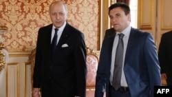 Міністри закордонних справ Франції Лоран Фабіус і України Павло Клімкін