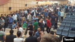 برنامه انتخاباتی نامزدهای لیست امید در دانشگاه آزاد تبریز به تشنج کشیده شد