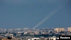 Палестинська ракета злітає для удару по Ізраїлю з півночі Смуги Гази, 9 липня 2014 року