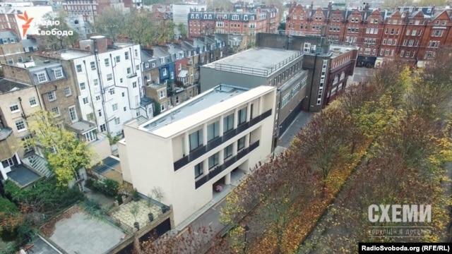 Будинок Дмитра Фірташа у Лондоні стоїть стіна в стіну з придбаною ним майже два роки тому колишньою станцією метро