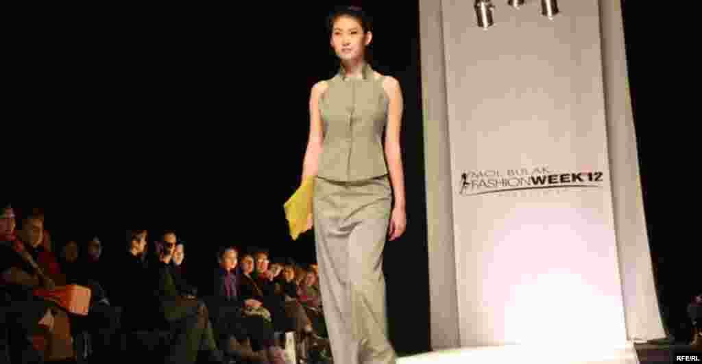Осенняя Неделя моды-2012 #9