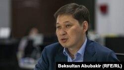 Қырғызстанның бұрынғы премьер-министрі Сапар Исаков.
