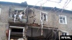 Таркиш якчанд хонаи ин биноро хароб кардааст, 07 декабри 2007