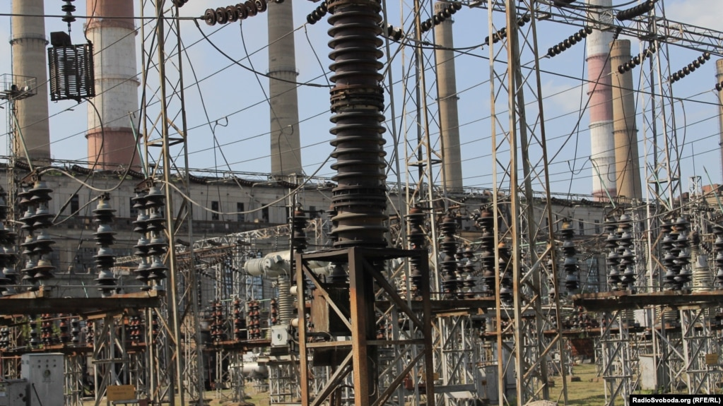 A Luhansk power station (file photo)