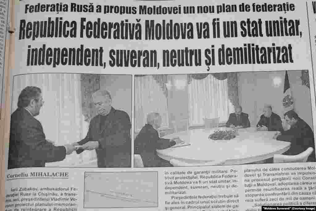 """""""Moldova Suverană"""", 18 noiembrie 2003, diplomaţi ruşi îi transmit preşedintelui moldovean Vladimir Voronin planul Moscovei de federalizare"""