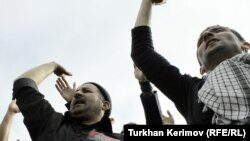 Azerbaijan -- The Day of Ashura in Nardaran Village of Baku, 16Dec2010