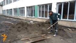 Жөндеуі аяқталмаған мектеп