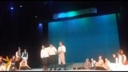 """""""Эр достугу - эгиз, эл достугу - деңиз"""""""
