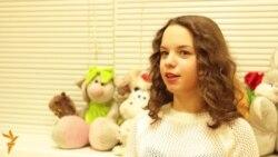 Казанда 12 яшьлек режиссер Айсинә авыру балаларны сәхнәгә алып чыга