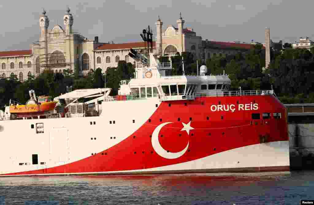 ТУРЦИЈА - Турција не очекува санкции од Европската унија (ЕУ) поради спорот со Грција за територијалната припадност на источниот дел на Средоземното море, изјави денеска турскиот министер за надворешни работи Мевлут Чавушоглу, додавајќи дека сепак таквата можност не може да се исклучи.