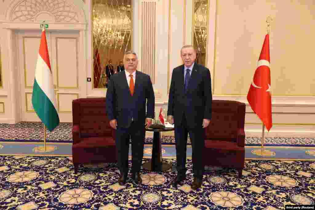 Orbán Viktor magyar miniszterelnök ésRecep Tayyip Erdoğan találkozója Brüsszelben, a NATO-csúcs előtt.