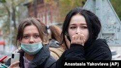 Студентите бяха евакуирани от сградите на университета.