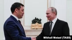 Президенты РФ и КР Владимир Путин и Садыр Жапаров.