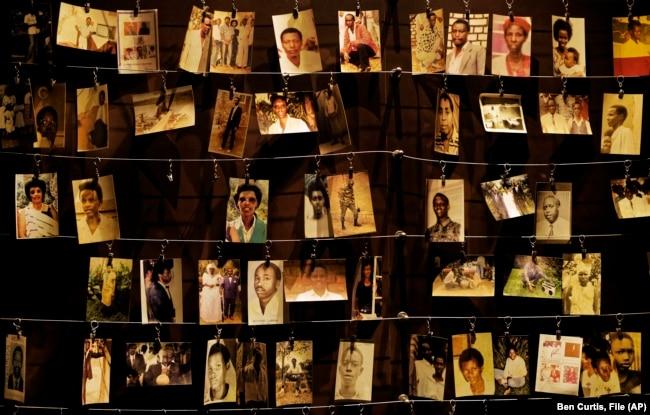 تصاویری شماری از قربانیان نسلکشی رواندا در یادوارهای در آوریل ۲۰۱۹