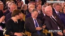 Крим скоро буде вільним – Порошенко на церемонії нагородження Джемілєва