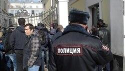 Полгода без зарплаты: метростроевцы начинают забастовку