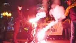 У центрі Києва спалили опудало Леніна (відео)