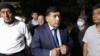 Хидирназар Аллакулов после завершения процесса в Административном суде Юнусабадского района города Ташкента, 4 мая 2021 года.