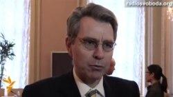 Джефрі Пайєтт про «американських найманців» і ситуацію на сході України
