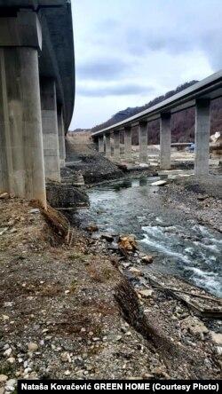 Korito rijeke Tare kod Meteševa 22. aprila 2021.
