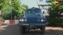 Imagini de la Bamako în cursul operațiunii de eliberare a ostatecilor luați de teroriști în hotelul Radisson