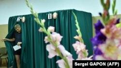 На избирательном участке в Беларуси.