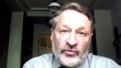 """""""Приносится в жертву реальный рост экономики"""""""