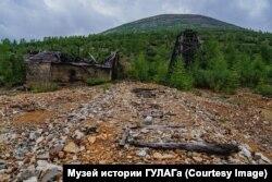 """Logor Dnjeprovski: """"Možete ići istim putem kojim su išli zatvorenici i pod nogama osetiti isto kamenje""""."""