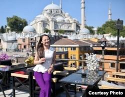 Бывшая алматинка Асель Исабаева, живущая в Стамбуле.