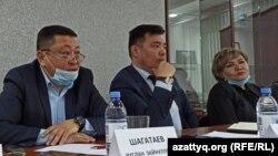 Адвокаты Западно-Казахстанской области на брифинге в Уральске. 5 марта 2021 года.