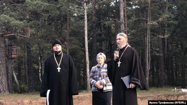 Игумен Сафроний и протоиерей Павел Матвеев