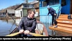 Ио губернатора Михаил Дегтярев в зоне паводка