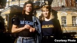 ბორის გრებენშჩიკოვი და ჯოანა სტინგრეი. 1986 წელი.